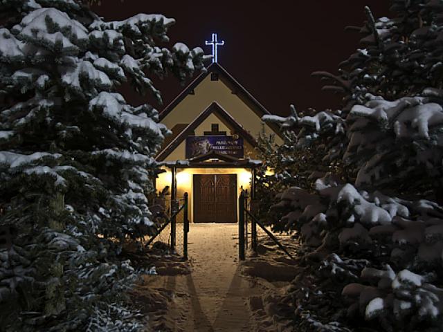 Parafia Matki Bożej Królowej Rodzin w Borówcu